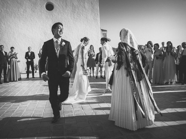 La boda de Toni y Barbara en Sant Agustí Des Vedrà/sant Agustí Del Ve, Islas Baleares 9