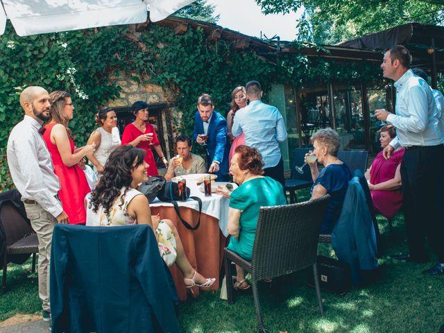La boda de Jose y Noelia en El Molar, Madrid 33