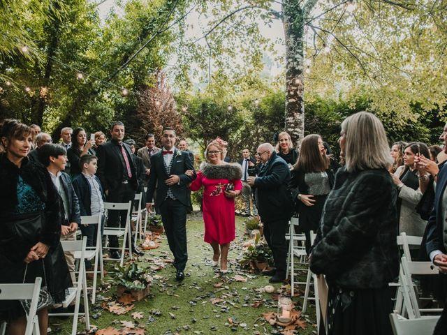 La boda de Isaac y Cris en Santiago De Compostela, A Coruña 25