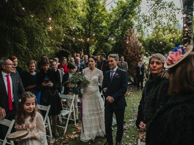 La boda de Isaac y Cris en Santiago De Compostela, A Coruña 31