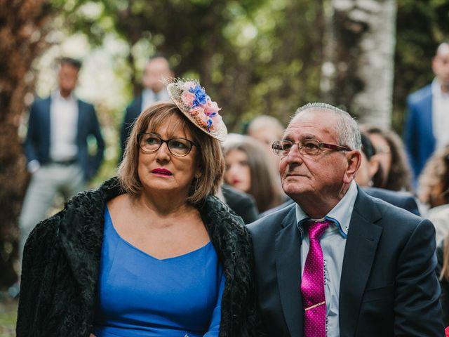 La boda de Isaac y Cris en Santiago De Compostela, A Coruña 42