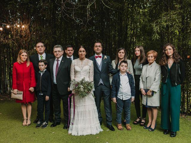 La boda de Isaac y Cris en Santiago De Compostela, A Coruña 89