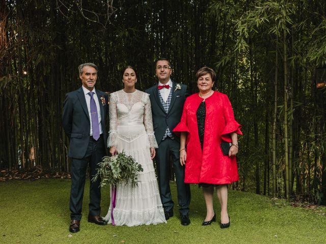 La boda de Isaac y Cris en Santiago De Compostela, A Coruña 92