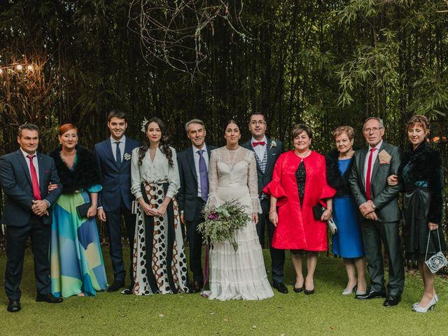La boda de Isaac y Cris en Santiago De Compostela, A Coruña 93