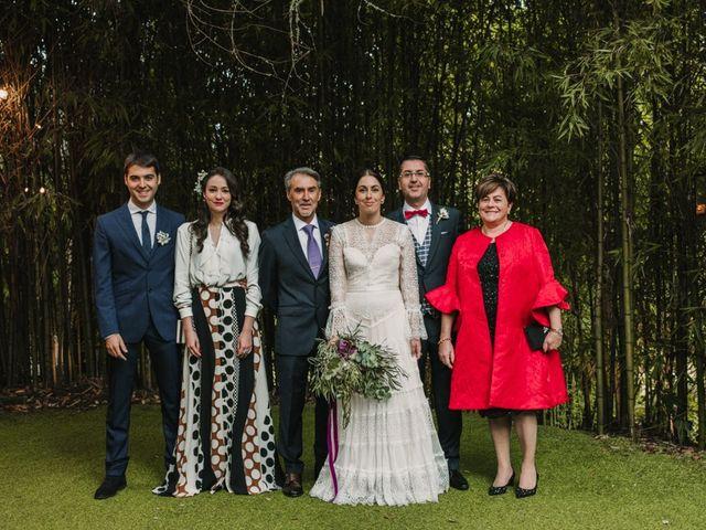 La boda de Isaac y Cris en Santiago De Compostela, A Coruña 94