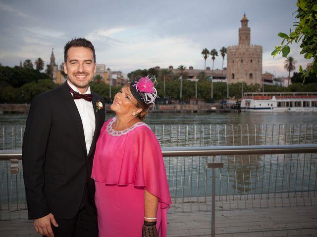 La boda de Valentín y Irene en Sevilla, Sevilla 32
