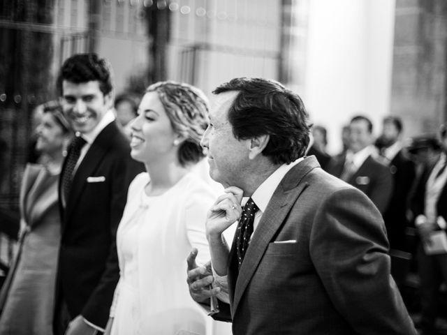 La boda de Luís y María en Barcarrota, Badajoz 24
