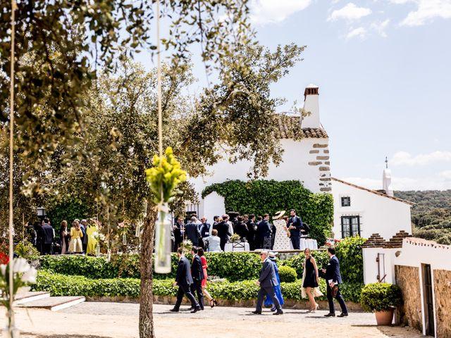 La boda de Luís y María en Barcarrota, Badajoz 42