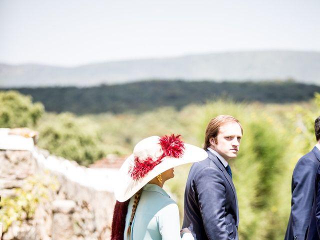 La boda de Luís y María en Barcarrota, Badajoz 43