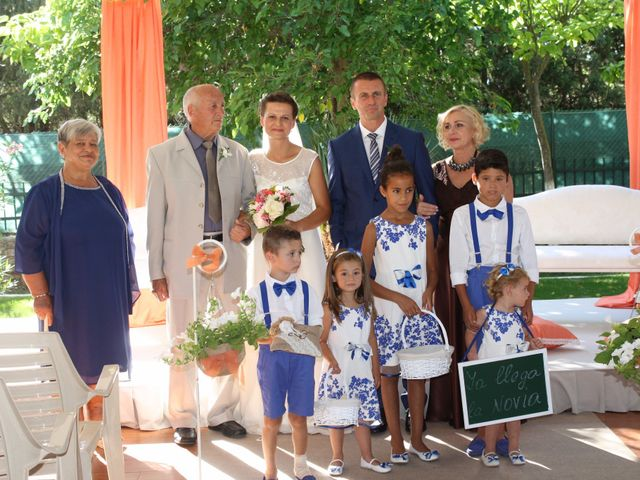 La boda de Mario  y Ralitsa en Valladolid, Valladolid 32
