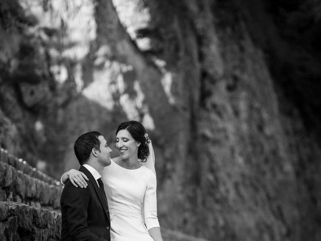 La boda de Dani y Miren en Aranzazu, Guipúzcoa 37