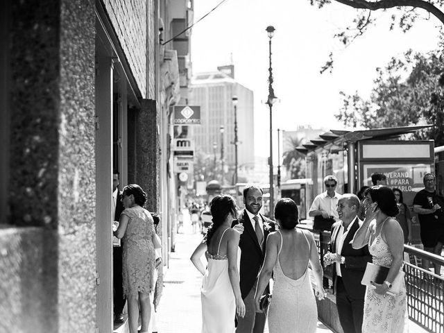 La boda de Javi y Ana en Málaga, Málaga 11