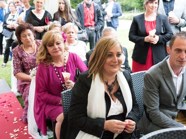 La boda de David y Ana en Gijón, Asturias 17