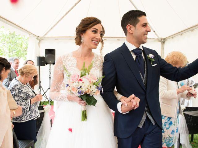 La boda de David y Ana en Gijón, Asturias 27