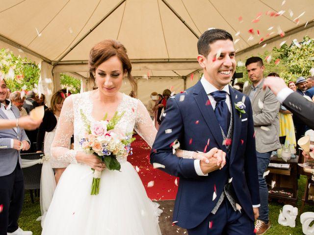La boda de David y Ana en Gijón, Asturias 28
