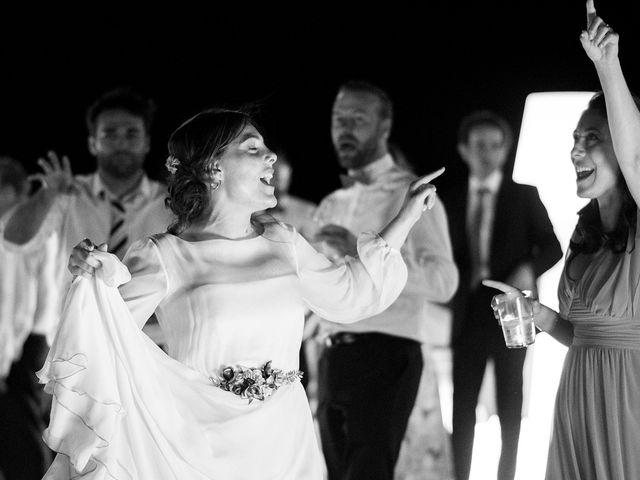 La boda de Miguel y Bea en Castrillo De Duero, Valladolid 23