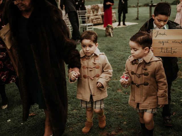 La boda de Javi y Cova en Grado, Asturias 42
