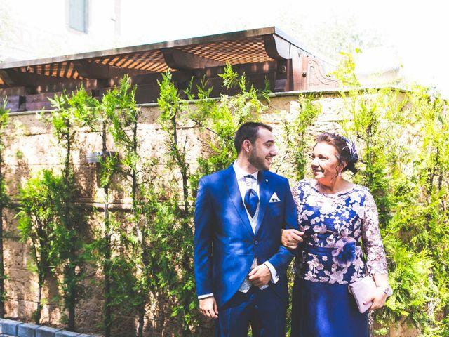 La boda de Antonio y Monti en Alcalá De Henares, Madrid 10