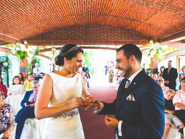 La boda de Antonio y Monti en Alcalá De Henares, Madrid 16