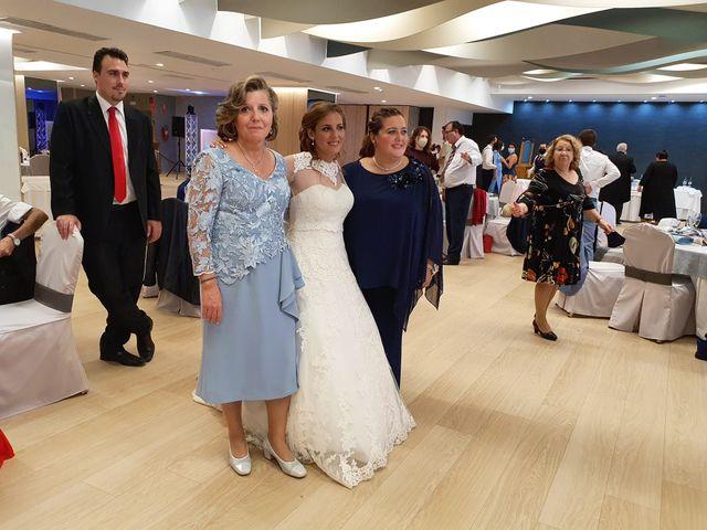 La boda de Alejandro  y Sara en Valencia, Valencia 4