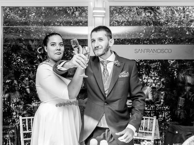 La boda de Augusto y Martina en Madrid, Madrid 33