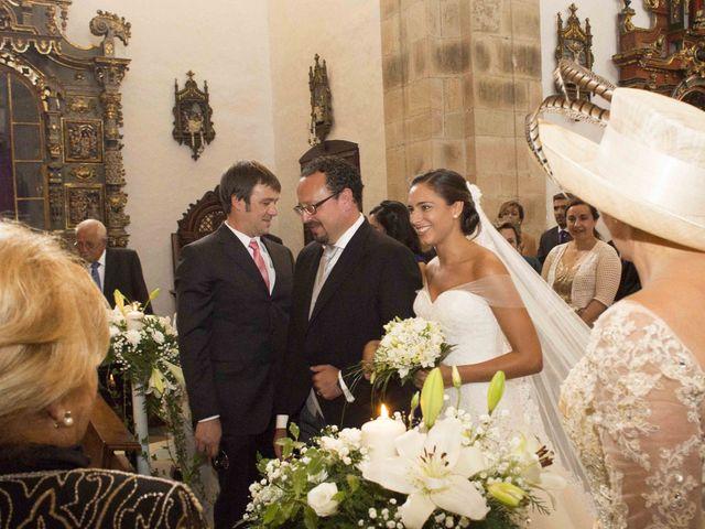 La boda de Naya y Fernando en Puerto De Vega, Asturias 10