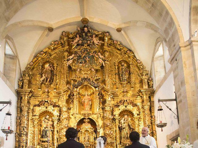 La boda de Naya y Fernando en Puerto De Vega, Asturias 14