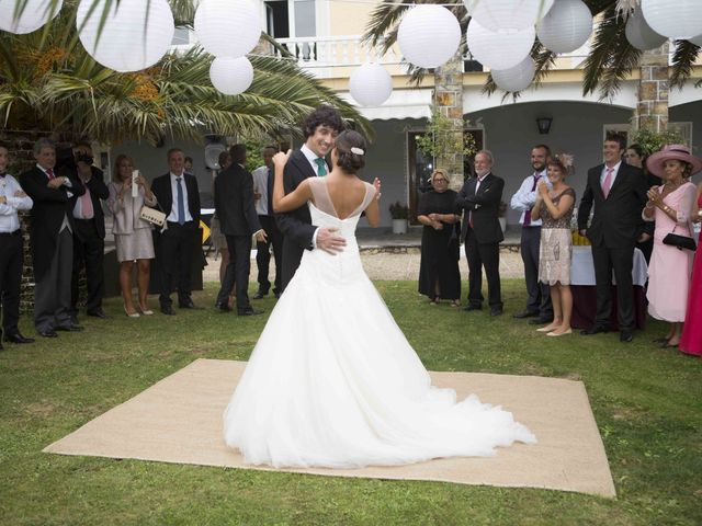 La boda de Naya y Fernando en Puerto De Vega, Asturias 23
