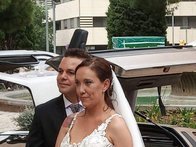 La boda de Ignacio y Desi en L' Hospitalet De Llobregat, Barcelona 4