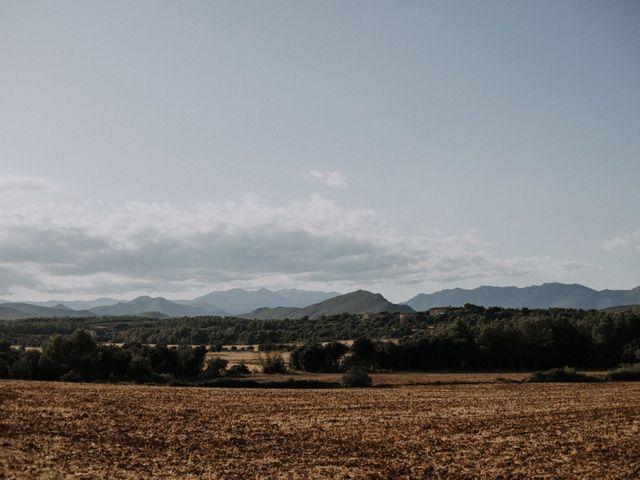 La boda de Adrian y Tamara en Llers, Girona 1