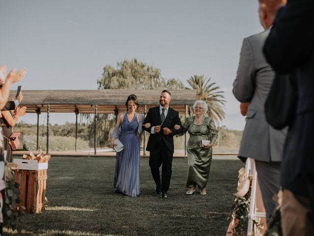 La boda de Adrian y Tamara en Llers, Girona 19