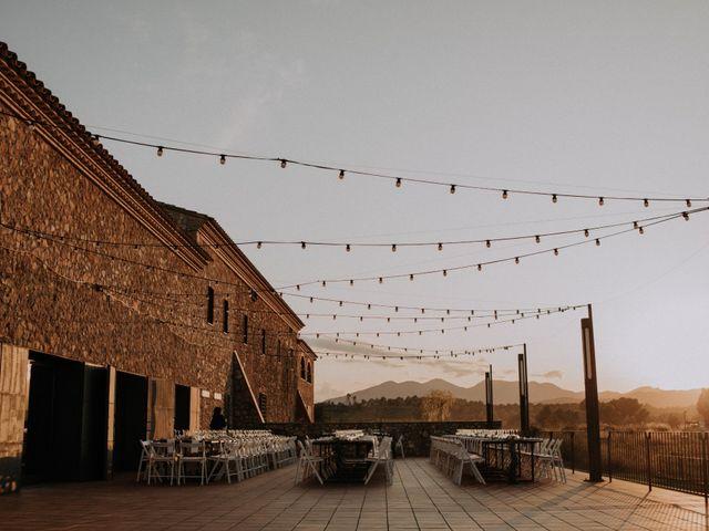 La boda de Adrian y Tamara en Llers, Girona 56