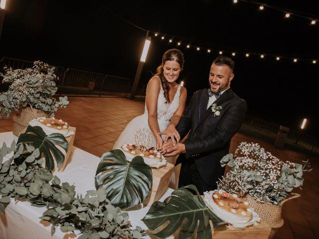 La boda de Adrian y Tamara en Llers, Girona 61