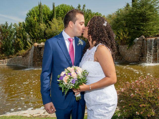 La boda de Javier y Joana en Madrid, Madrid 14