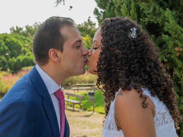 La boda de Javier y Joana en Madrid, Madrid 17