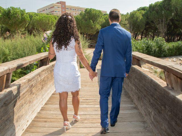 La boda de Javier y Joana en Madrid, Madrid 21