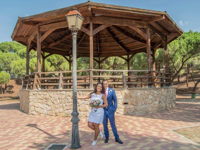 La boda de Javier y Joana en Madrid, Madrid 28