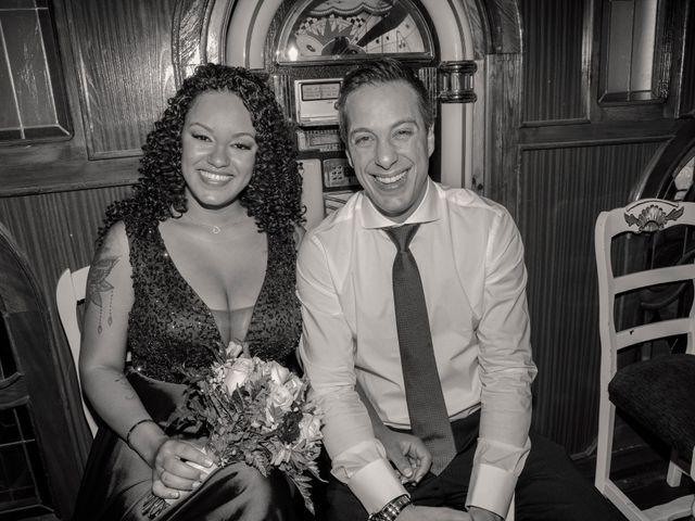 La boda de Javier y Joana en Madrid, Madrid 39