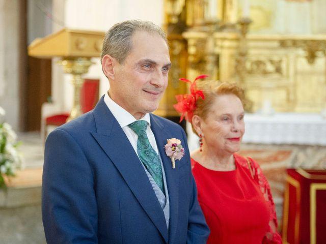 La boda de Jesús y Pilar en Madrid, Madrid 23