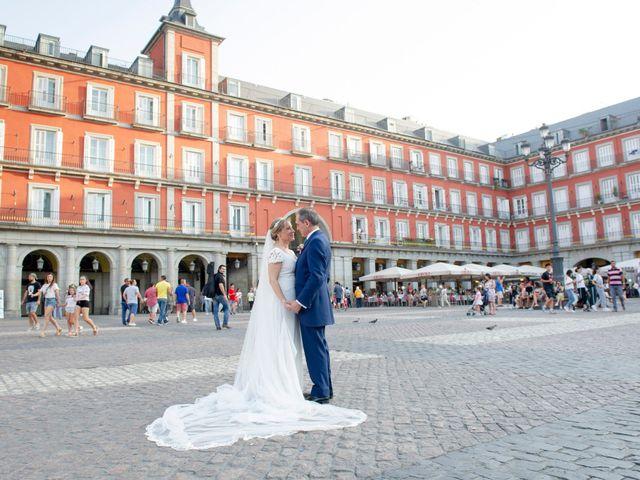 La boda de Jesús y Pilar en Madrid, Madrid 30