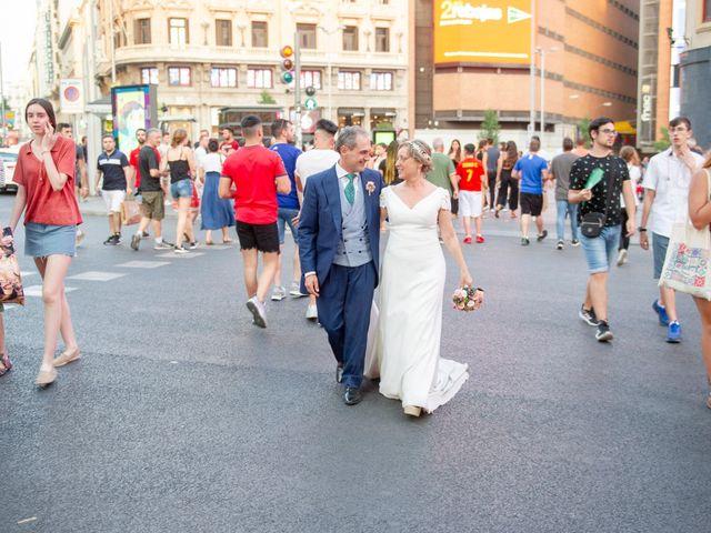 La boda de Jesús y Pilar en Madrid, Madrid 42