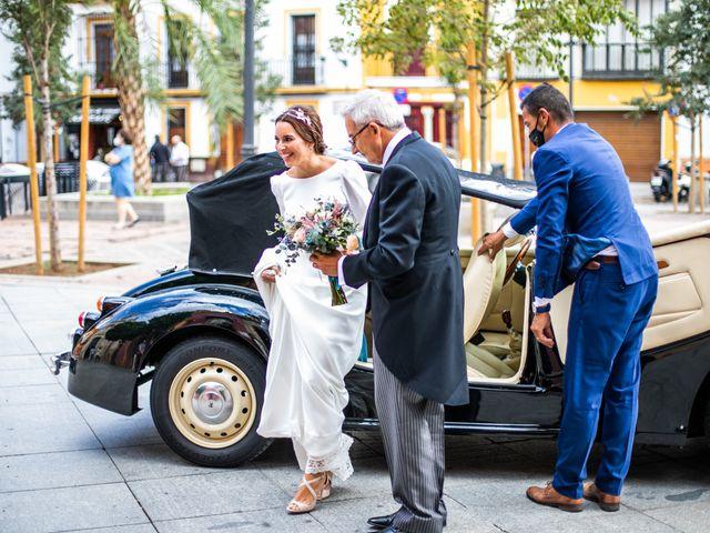 La boda de Eduardo y Inmaculada en Sanlucar La Mayor, Sevilla 26