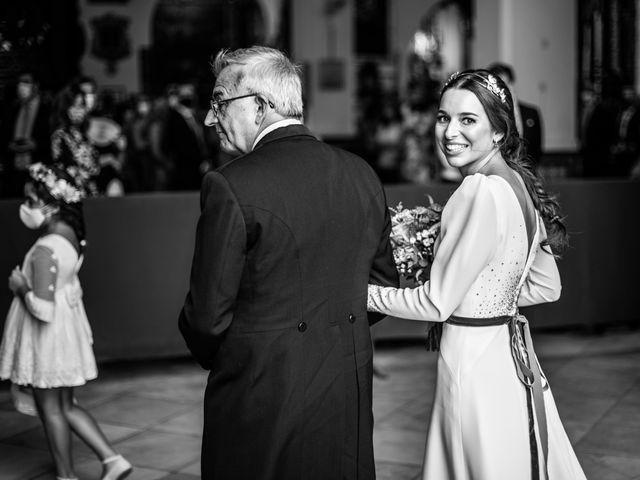 La boda de Eduardo y Inmaculada en Sanlucar La Mayor, Sevilla 29