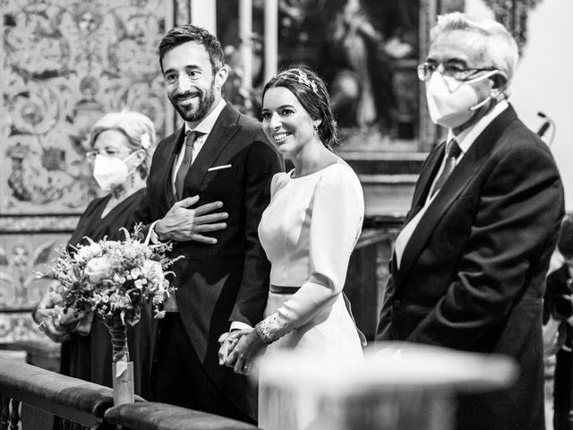 La boda de Eduardo y Inmaculada en Sanlucar La Mayor, Sevilla 34