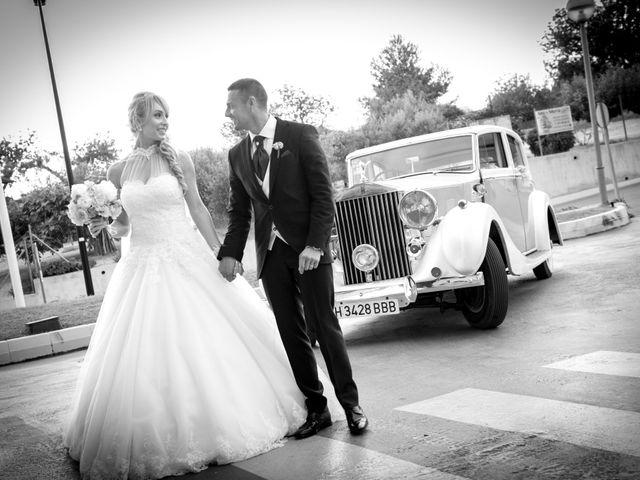 La boda de Isaac y Sonia en L' Ametlla De Mar, Tarragona 1