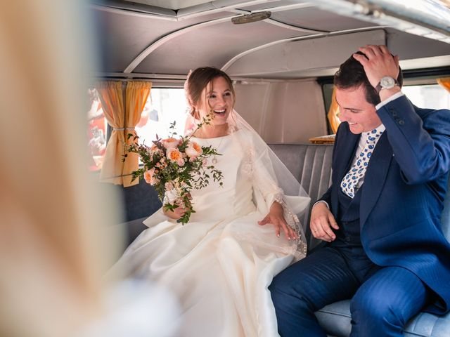 La boda de Carlos y Ángeles en Solares, Cantabria 11