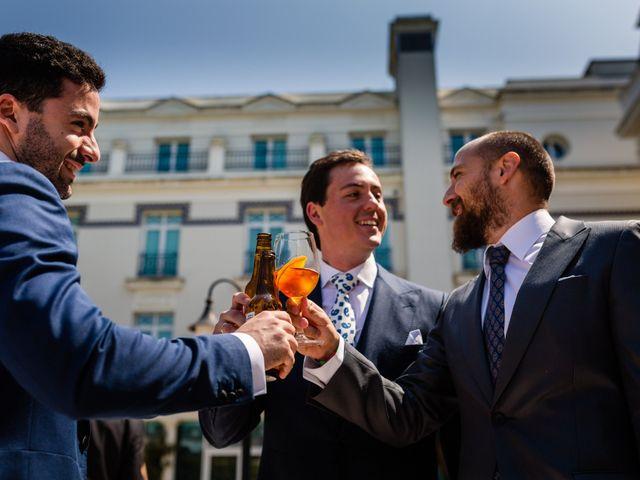 La boda de Carlos y Ángeles en Solares, Cantabria 18