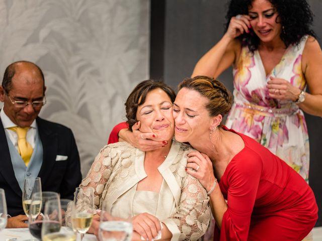 La boda de Carlos y Ángeles en Solares, Cantabria 23