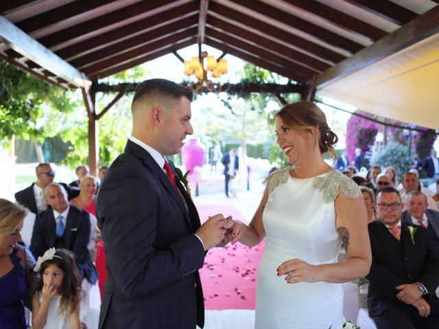 La boda de Chus y Alvaro en Alhaurin De La Torre, Málaga 22