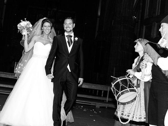 La boda de Raúl  y Paula en Gijón, Asturias 13